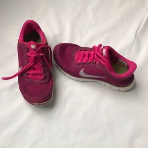 Nike Running Workout Tennis Shoes size 9.5